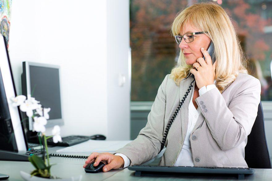 Kaufmännische Angestellte Annette Burtschell von der Steuerberaterkanzlei Burtschell & Partner aus Krefeld